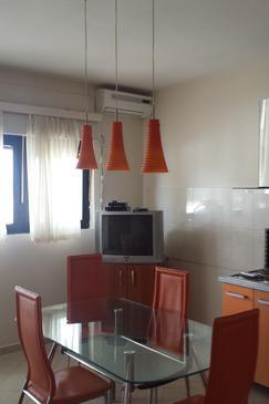 Bibinje, Jídelna v ubytování typu apartment, dostupna klima, dopusteni kucni ljubimci i WIFI.