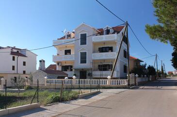 Bibinje, Zadar, Objekt 5741 - Ubytování s oblázkovou pláží.