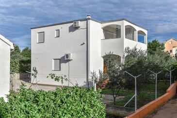 Srima - Vodice, Vodice, Property 5742 - Apartments with pebble beach.