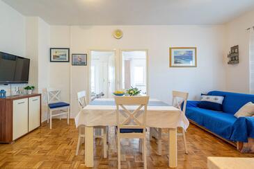 Kožino, Столовая в размещении типа apartment, доступный кондиционер и WiFi.