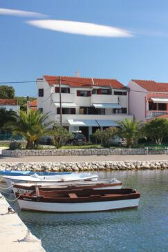 Bibinje, Zadar, Property 5759 - Apartments near sea with pebble beach.