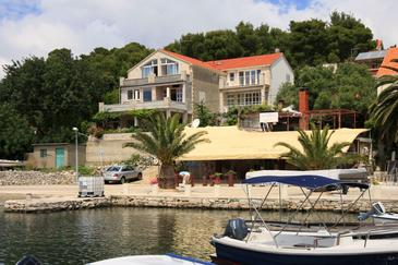 Lumbarda, Korčula, Объект 576 - Апартаменты вблизи моря с песчаным пляжем.