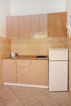 Bibinje, Kitchen in the studio-apartment, dopusteni kucni ljubimci i WIFI.