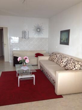 Črnja Luka, Living room in the apartment, dostupna klima i WIFI.
