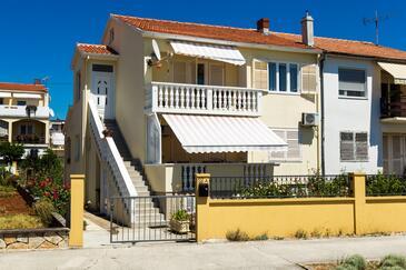 Zadar, Zadar, Объект 5773 - Апартаменты с песчаным пляжем.