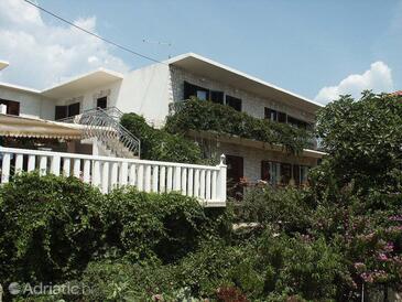 Sućuraj, Hvar, Property 578 - Apartments by the sea.