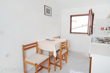 Kožino, Sala da pranzo nell'alloggi del tipo apartment, WiFi.