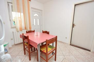 Bibinje, Dining room in the apartment, WIFI.