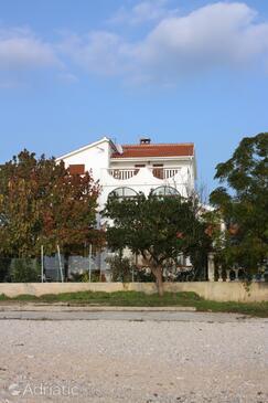 Bibinje, Zadar, Objekt 5792 - Ubytování v blízkosti moře s oblázkovou pláží.