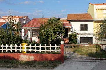 Vrsi - Mulo, Zadar, Property 5798 - Apartments near sea with pebble beach.