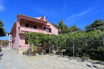 Bibinje, Zadar, Property 5800 - Apartments with pebble beach.