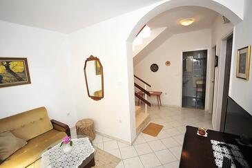 Sukošan, Pokój dzienny w zakwaterowaniu typu apartment, dostupna klima i WIFI.