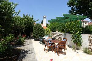 Ferienwohnungen und Zimmer mit Parklplatz Nin, Zadar - 5805