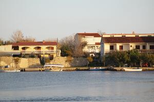 Apartments and rooms with parking space Nin (Zadar) - 5805