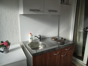 Nin, Кухня в размещении типа room, WiFi.