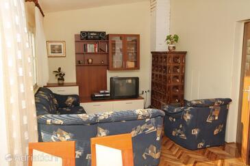 Bibinje, Living room in the apartment, dopusteni kucni ljubimci i WIFI.
