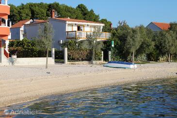 Bibinje, Zadar, Property 5810 - Apartments near sea with pebble beach.