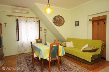 Sabunike, Dining room in the apartment, dostupna klima, dopusteni kucni ljubimci i WIFI.