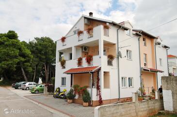 Zadar, Zadar, Property 5816 - Apartments with pebble beach.