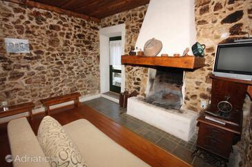 Sukošan, Living room in the house, dostupna klima, dopusteni kucni ljubimci i WIFI.