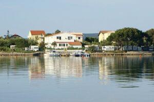Apartments by the sea Sukošan, Zadar - 5819