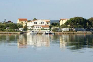 Sukošan, Zadar, Objekt 5819 – Apartmaji v bližini morja.