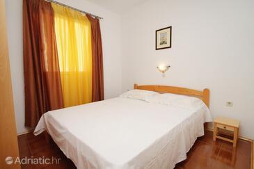 Bedroom    - A-5824-a