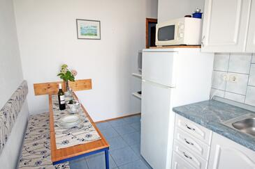 Vinjerac, Dining room in the apartment, dostupna klima i WIFI.