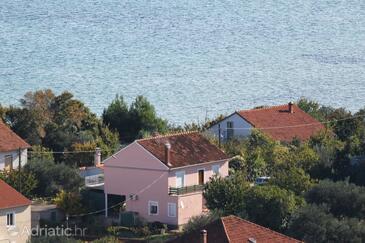 Tkon, Pašman, Property 5826 - Apartments near sea with sandy beach.