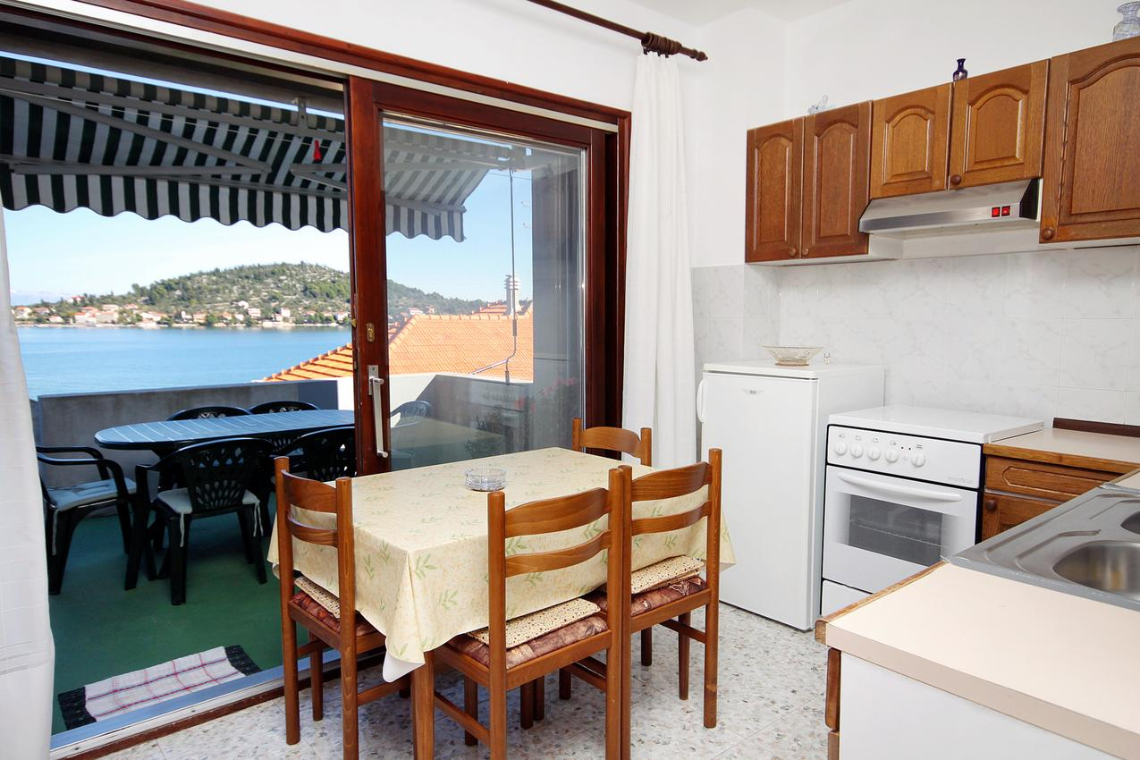 Ferienwohnung im Ort Kali (Ugljan), Kapazität 4+2 (1011678), Kali, Insel Ugljan, Dalmatien, Kroatien, Bild 5