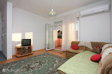Sabunike, Living room in the apartment, dostupna klima.