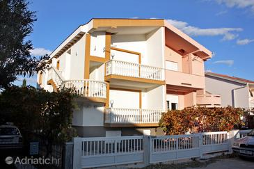 Sabunike, Zadar, Property 5832 - Apartments with pebble beach.