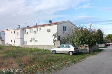 Nin, Zadar, Property 5835 - Apartments with sandy beach.