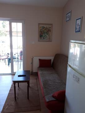 Nin, Wohnzimmer in folgender Unterkunftsart apartment, Haustiere erlaubt und WiFi.