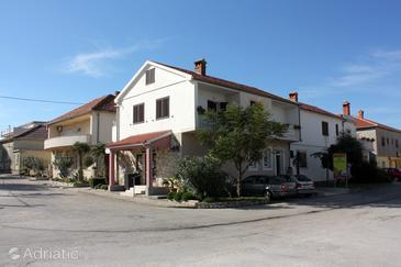 Nin, Zadar, Objekt 5837 - Ubytování v blízkosti moře s písčitou pláží.