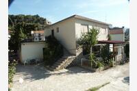 Apartments by the sea Jelsa (Hvar) - 584