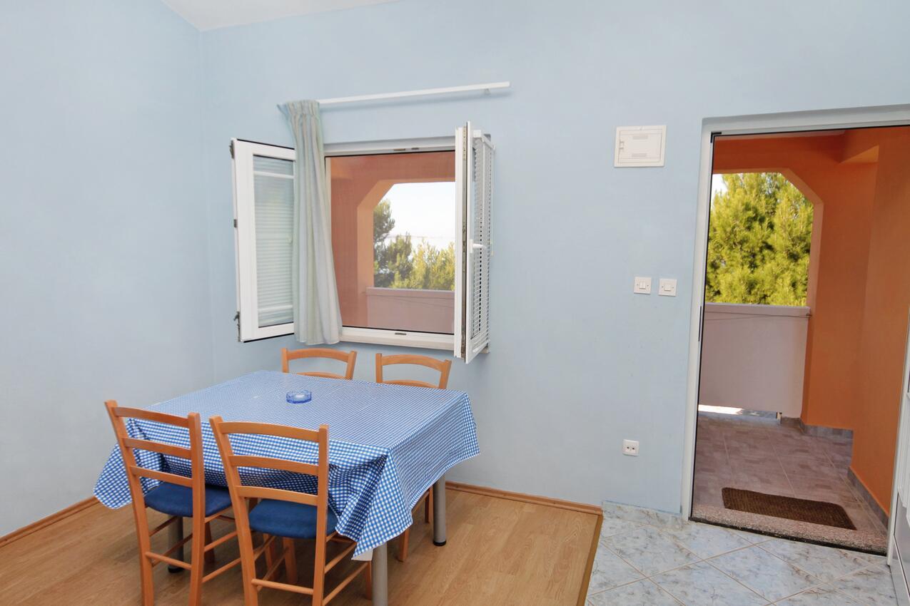 Ferienwohnung im Ort Vrsi - Mulo (Zadar), Kapazität 2+2 (1011664), Vrsi, , Dalmatien, Kroatien, Bild 3