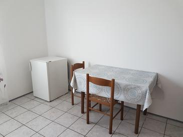 Bibinje, Jadalnia w zakwaterowaniu typu studio-apartment, WIFI.