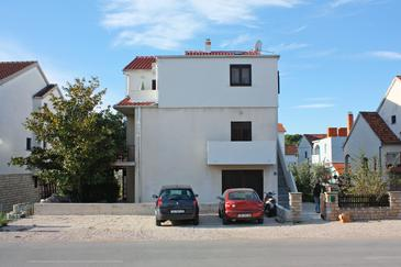 Biograd na Moru, Biograd, Property 5847 - Apartments with pebble beach.