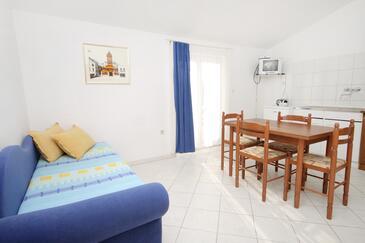 Privlaka, Jadalnia w zakwaterowaniu typu apartment, WIFI.