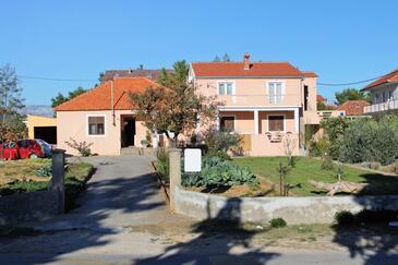Privlaka, Zadar, Obiekt 5849 - Apartamenty z piaszczystą plażą.