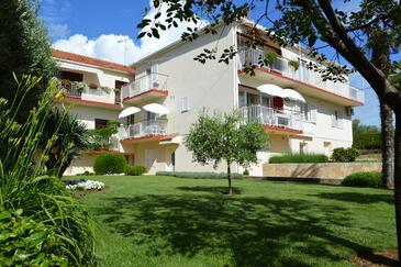 Zadar - Diklo, Zadar, Property 5856 - Apartments by the sea.