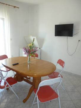 Bibinje, Dining room in the apartment, dopusteni kucni ljubimci i WIFI.