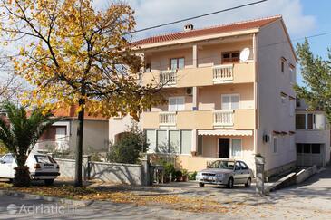 Zadar, Zadar, Объект 5870 - Апартаменты с песчаным пляжем.