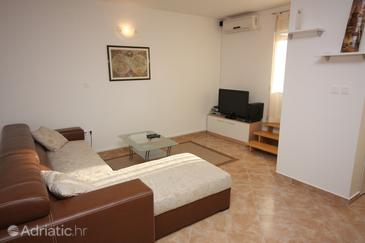 Zadar, Living room in the apartment, dostupna klima, dopusteni kucni ljubimci i WIFI.