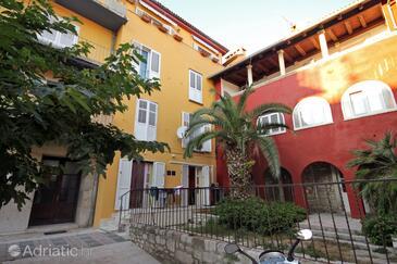 Zadar, Zadar, Property 5878 - Apartments near sea with pebble beach.
