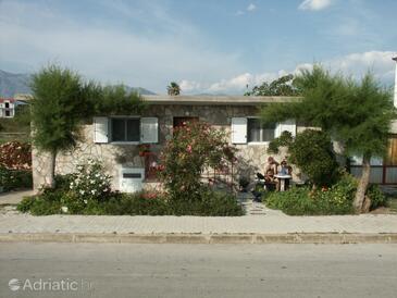 Sućuraj, Hvar, Property 588 - Vacation Rentals near sea with pebble beach.