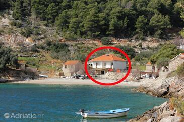 Torac, Hvar, Objekt 589 - Apartmani blizu mora sa šljunčanom plažom.