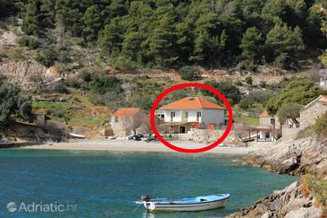Torac, Hvar, Objekt 589 - Ubytování v blízkosti moře s oblázkovou pláží.
