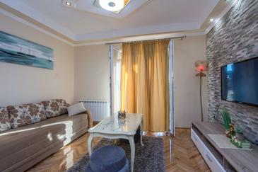Sukošan, Living room in the apartment, WIFI.